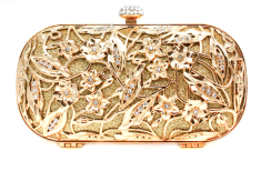 gold-bridal-clutch-inspired-by-alexander-mcqueen.original.png